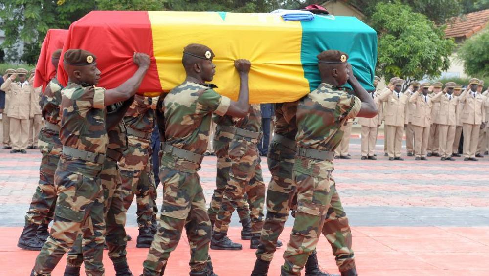 Les corps des victimes guinéennes arrivée hier — VICTIMES DE KIDAL