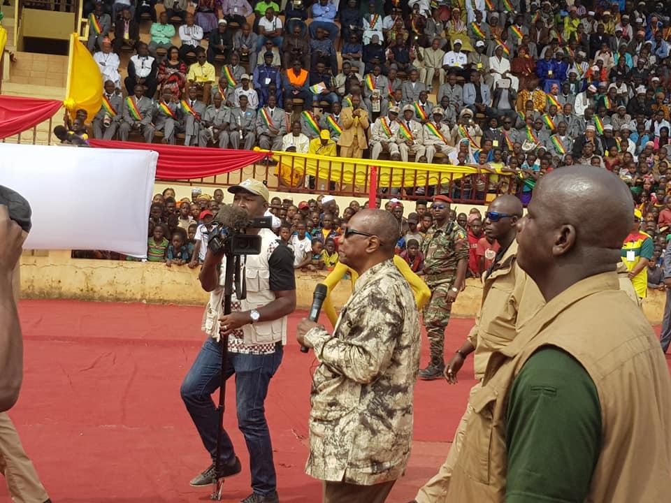 De D'agriculture Gouvernement Et GuinéeUn Front Commun Chambre FKJlc3T1